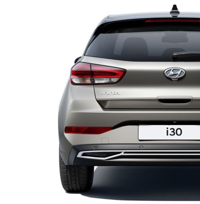 Rear view of the new Hyundai i30 with an emphasis on the LED rear combination lamp.